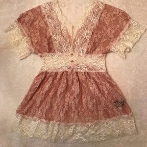 Tops - Lacey boutique top blush pink/cream